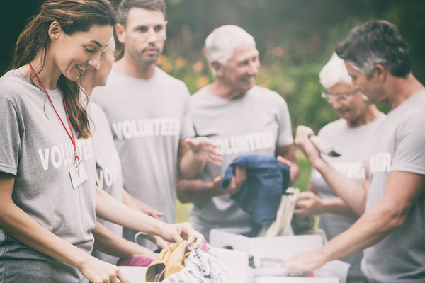 10 Ways You Can Give Back in the New Year