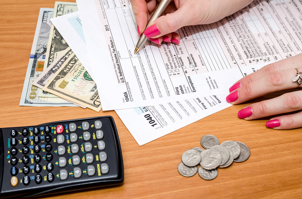 What's the Most Cost-Effective Way to File YourTaxes?